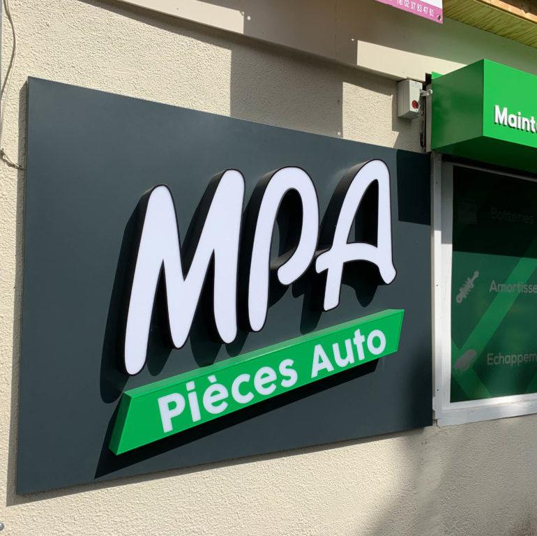 enseigne extérieure 3D MPA à Maintenon